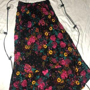 Floral printed long skirt